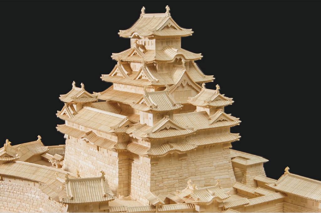 石渡峰月先生作「世界一大きな象牙彫刻姫路城」